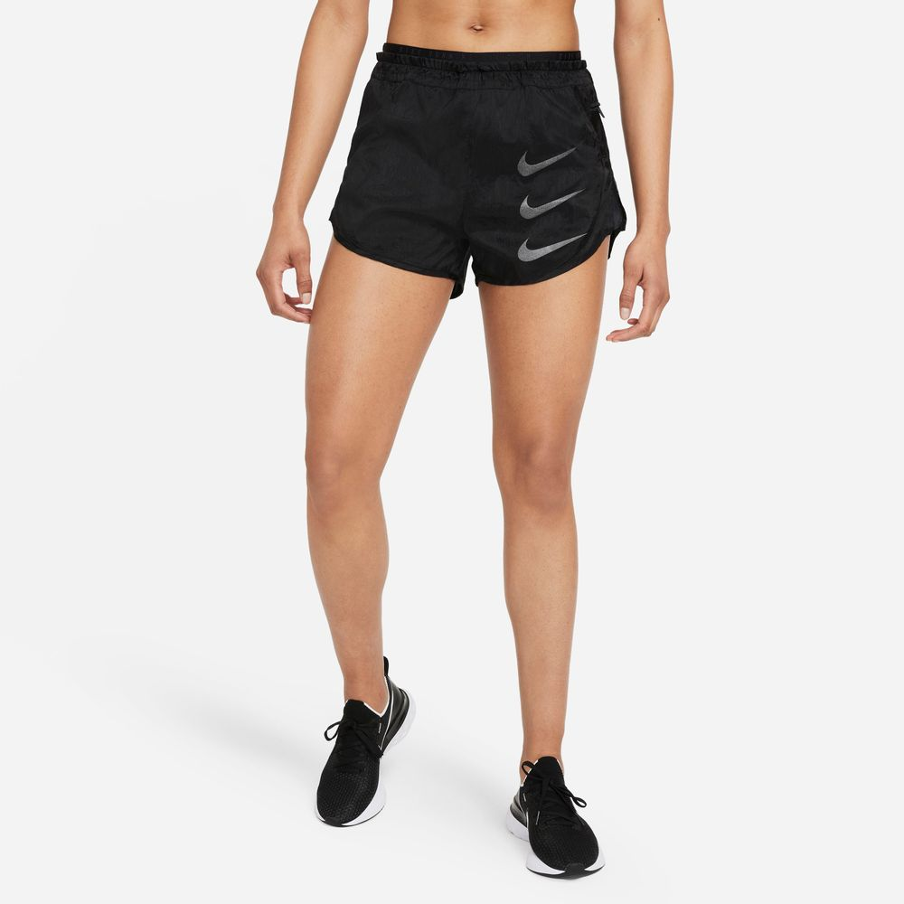 Nike-Tempo-Luxe-Run-Division-Women-s-2-In-1-Running-Shorts