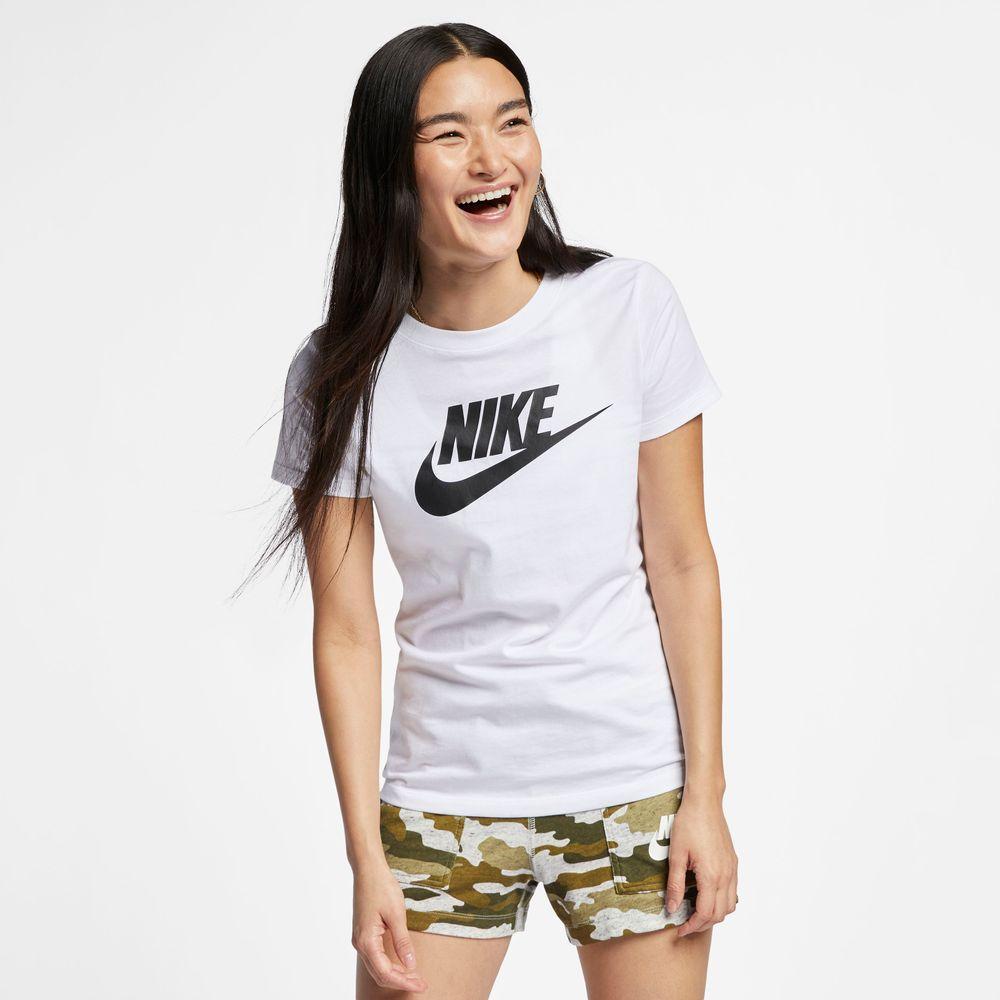 Nike-Sportswear-Essential-T-Shirt